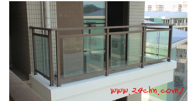 咖啡色玻璃铝合金护栏