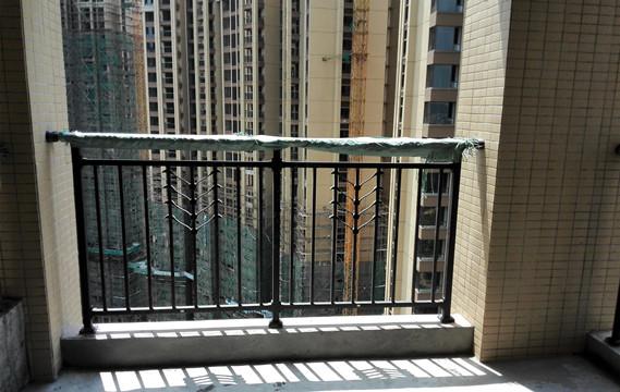 楼盘锌钢阳台护栏