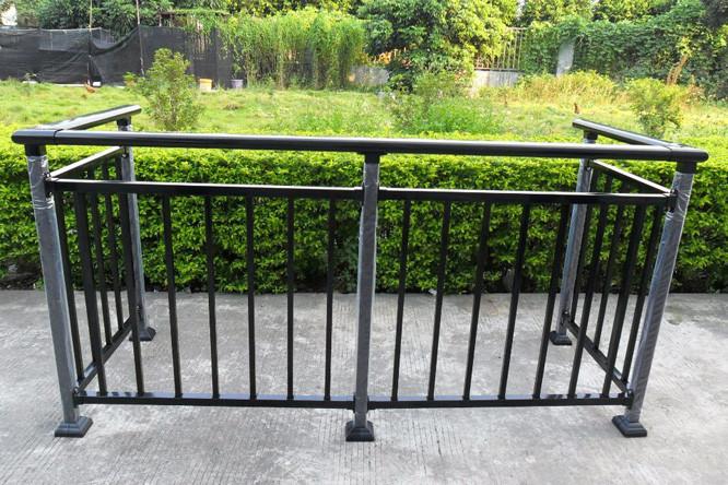 高层阳台护栏