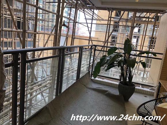 锌钢玻璃护栏安装效果图